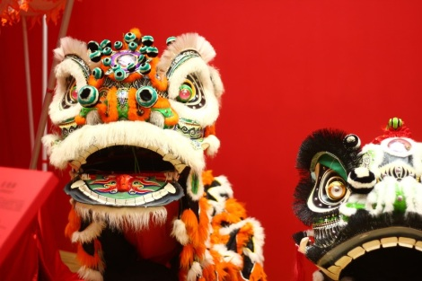 Dragons heads, HK.jpg